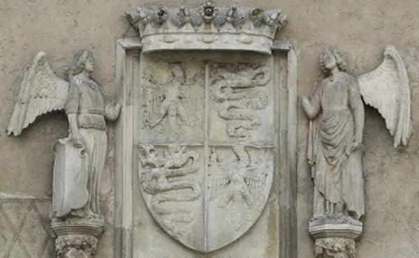 Scultori lombardi, Stemma sforzesco e Angeli reggiscudo su peducci figurati. Milano, Castello Sforzesco, Corte Ducale