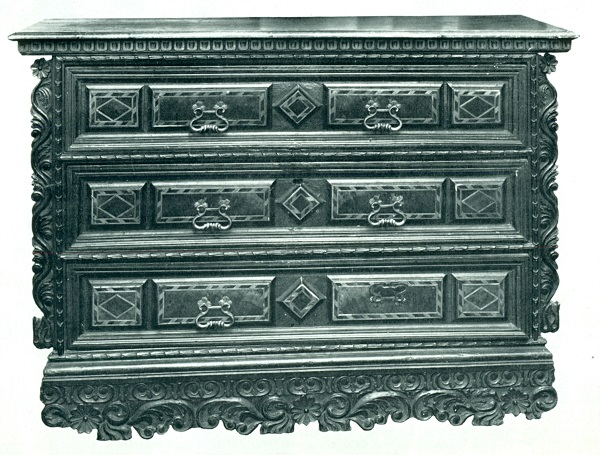 cassettone-friuli-xvii-secolo