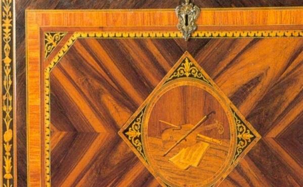 secretaire-neoclassico-intarsiato-lombardo-maggiolini
