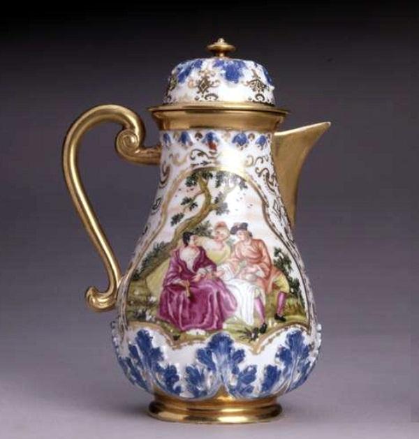 caffettiera-porcellana-meissen-1720-auffenwerth-1725-londra-british-museum