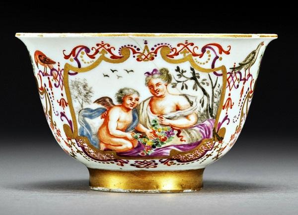 tazza-porcellana-meissen-1725-siglata-ae/w-anna-elisabeth-wald-elisabeth-saw-sabina-auffenwerth