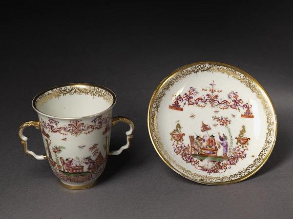 tazza-piattino-porcellana-meissen-1725-sabina-auffenwerth-1730-londra-victoria-albert