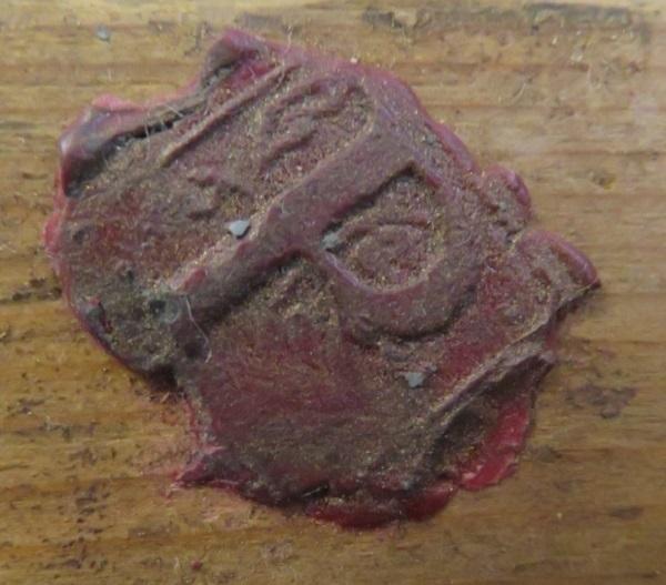 inginocchiatoio-lombardo-xviii-secolo-cardinale-pozzobonelli-ceralacca