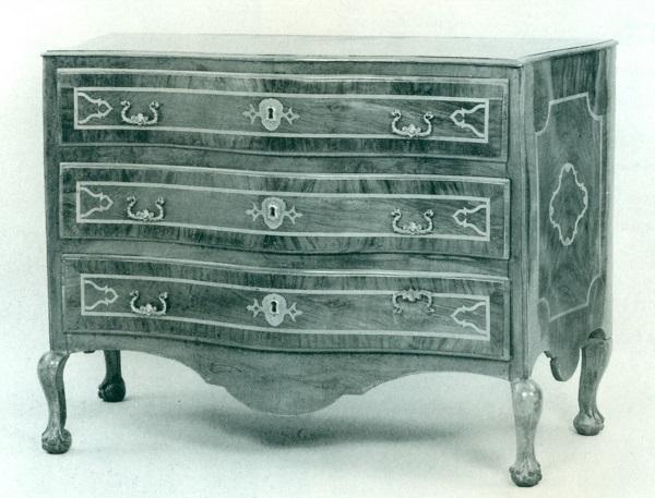 cassettone-calabrese-xviii-secolo