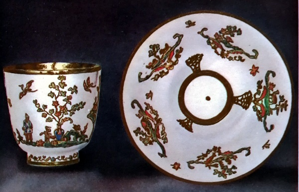 becher-piattino-porcellana-meissen-1715