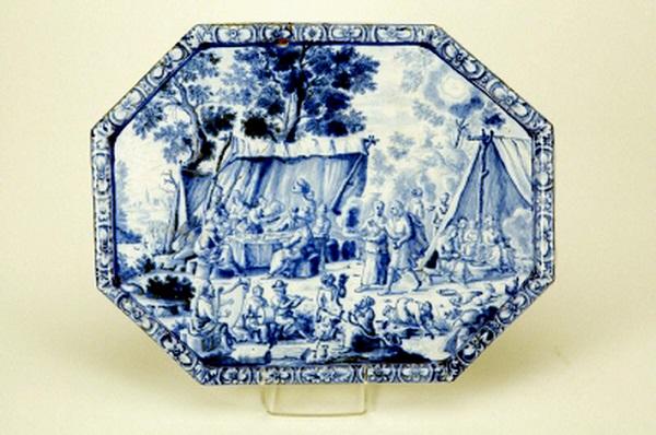 vassoio-maiolica-rörstrand-1733-hunger-thelot-hallwylska-museet-stoccolma