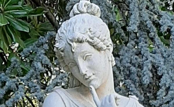 cingano-giuseppe-antonio-canova-danzatrice-dito-al-mento-pietra-di-vicenza