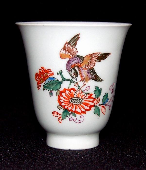 anreiter-becher-porcellana-du-paquier-1725-1730