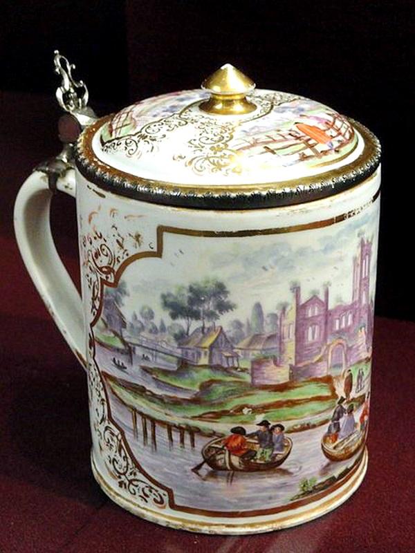 carl-wendelin-anreiter-boccale-porcellana-du-paquier-gardiner-museum-toronto