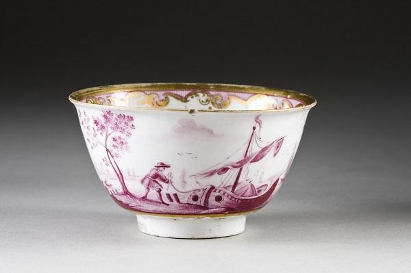 jakob-helchis-tazza-porcellana-du-paquier-1730-hallwylska-museet-stoccolma