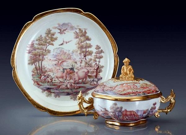 christian-frey-ecuelle-porcellana-du-paquier-1735-1740-new-york-frick-collection